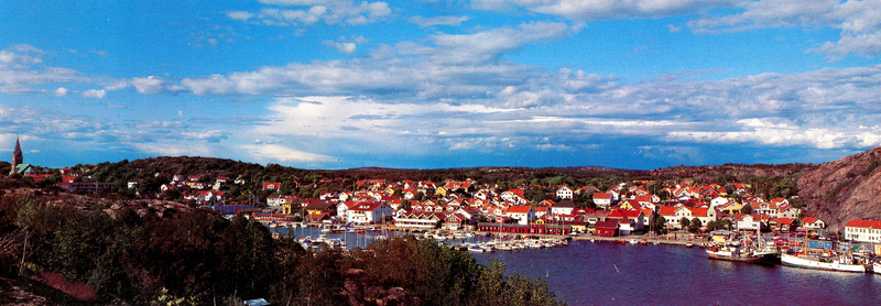 S14KGG 001156 - Panorama över Grebbestad, början av 2000-talet