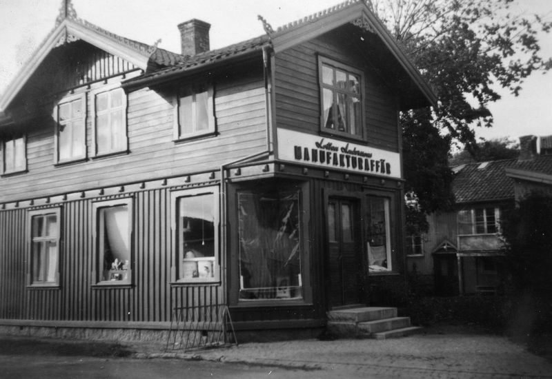S14KGG 001086 - Lotten Anderssons manufakturaffär